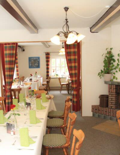 restaurant_kirschenholz_saal_15-30_02