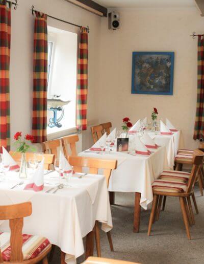 restaurant_kirschenholz_saal_15-30_03
