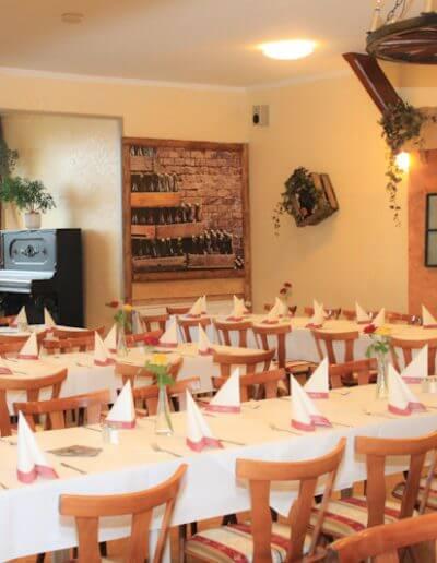 restaurant_kirschenholz_saal_bis_120_gaeste_03